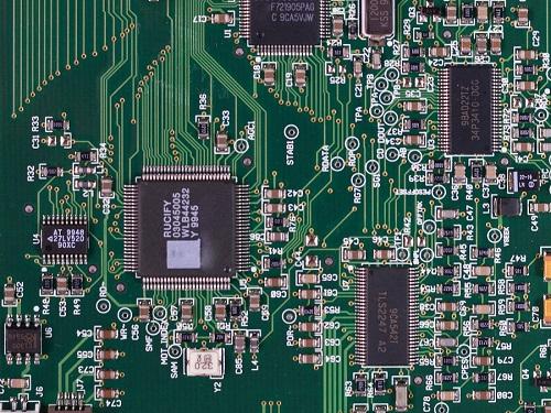 Tech News : AI Designs, er, AI Chips … Better Than Humans, Says Google